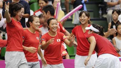 Las japonesas celebraron su ascenso al Grupo Mundial tras eliminar a las...