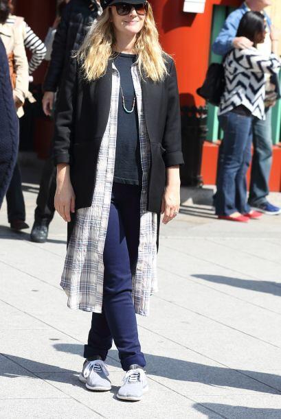 ¡No, por favor! Qué hace Drew Barrymore con ese camis&oacut...