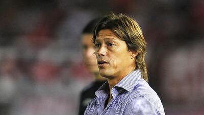 Matías Almeyda es oficialmente el nuevo entrenador del Guadalajara.