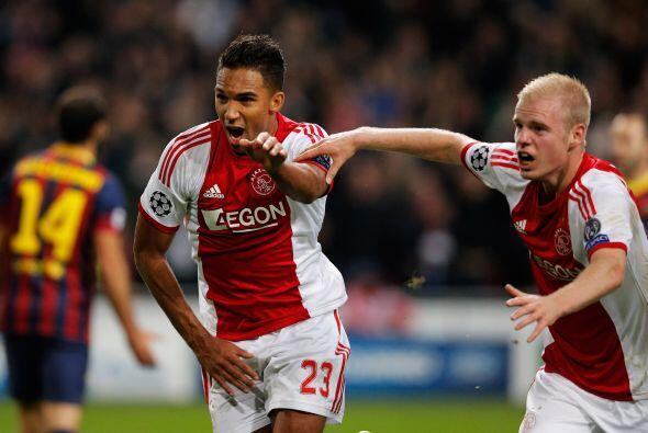 Danny Hoesen hacía lo impensado, que el Ajax estuviera venciendo por 2-0...