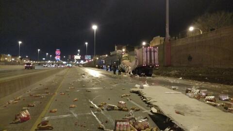 Cuatro heridos, entre ellos tres niños, en accidente en autopista...