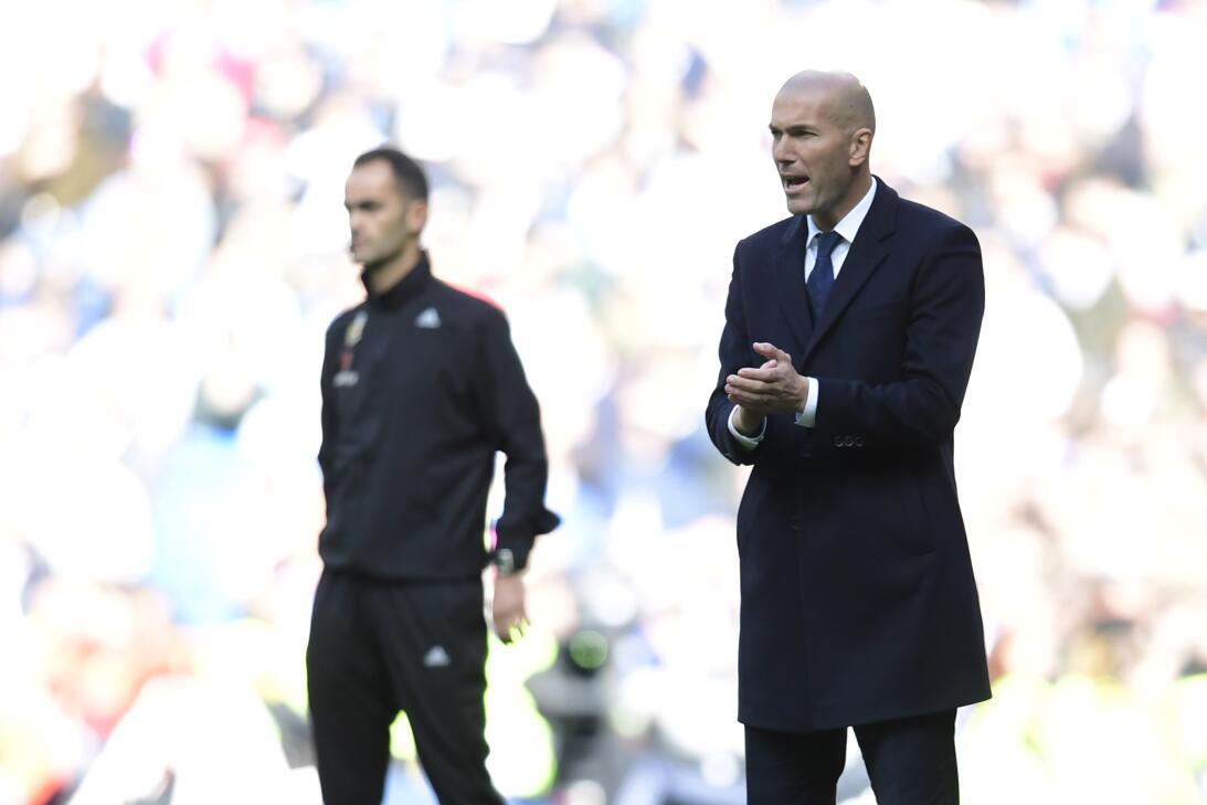 James y Zidane, la 'novela' del Real Madrid que mueve al mundo del fútbo...