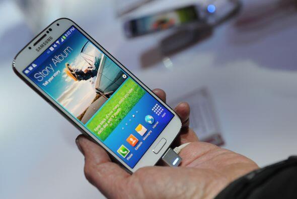 Samsung Galaxy S4 presentó también su Samsung Knox - con mejoras en la s...