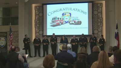 Departamento de Bomberos de Houston reconoce a 66 de sus miembros por su servicio a la comunidad