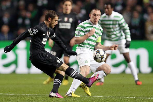 Más complicada es la tarea del Celtic. El líder de la Liga de Escocia ca...