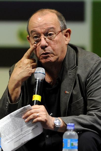 El Premio Casandra será un homenaje a la carrera artística del cantautor...
