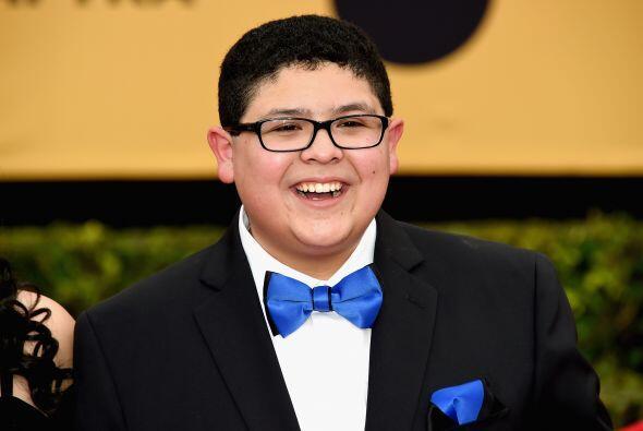 El hijito de Sofía en 'Modern Family', Rico Rodriguez, igual de formalit...