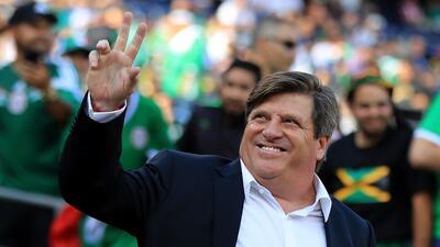 Miguel Herrera, en la terna para dirigir a Chile