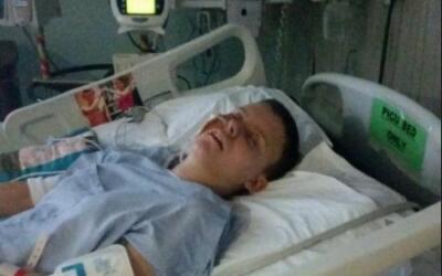 Sydni Briggs, en el hospital tras su intento de suicidio.