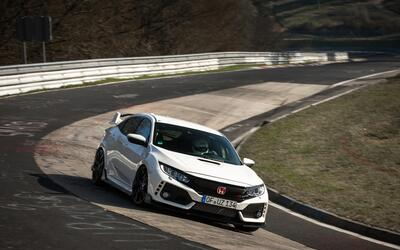 Video: El Honda Civic Type R bate el record del Nurburgring