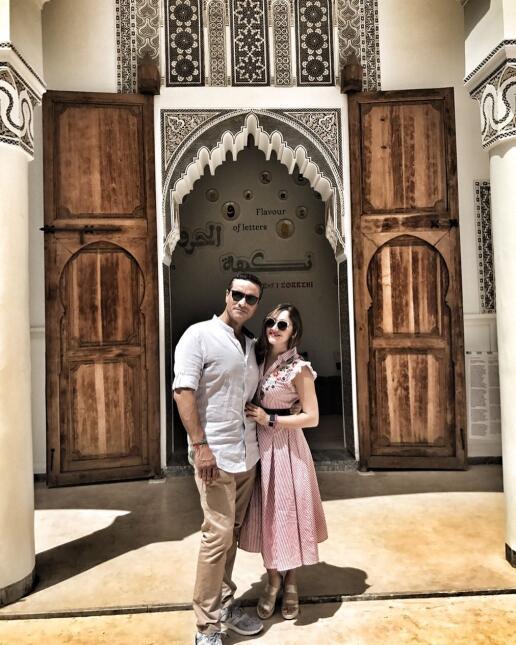 Sherlyn se va de viaje con su novio Paco Zea y derrochan amor