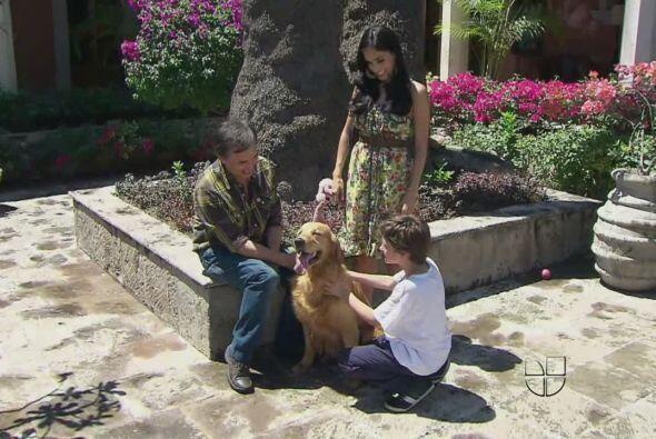 Bruno es además un excelente sicólogo. Sabe tranquilizar a los niños asu...