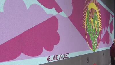 Inauguran un mural como homenaje a la cultura mexicana en un edificio de Chicago