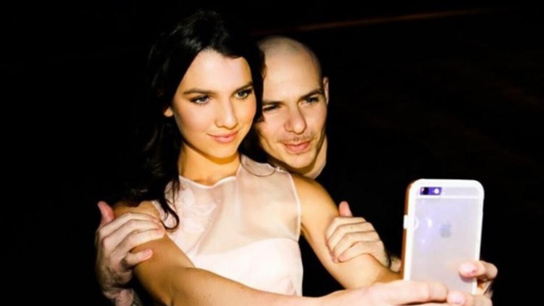 Pitbull se presentó en fiesta de Quince.