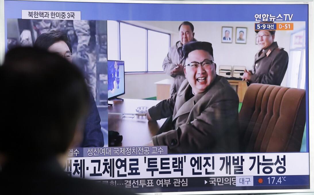 Pyongyang firma que sus cohetes corresponden a su programa de satélites...
