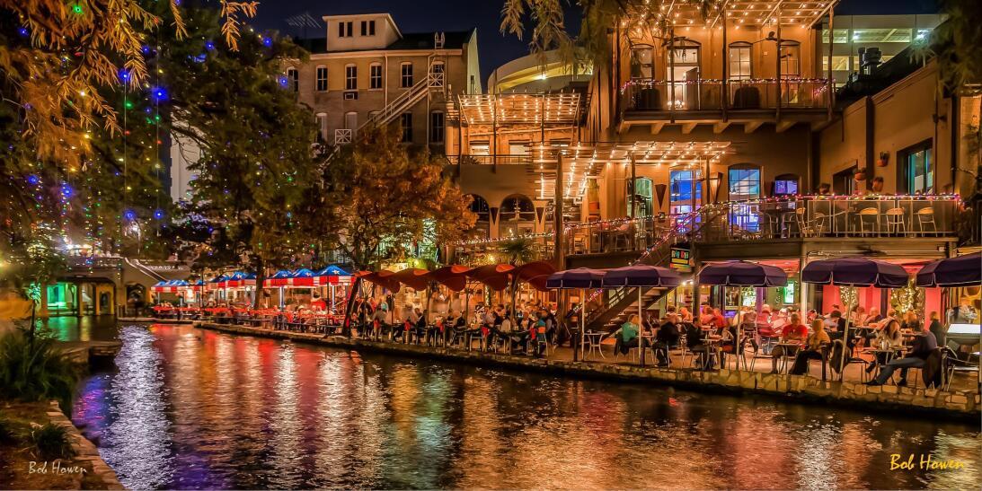 El Riverwalk, en San Antonio, es uno de los atractivos turísticos de la...