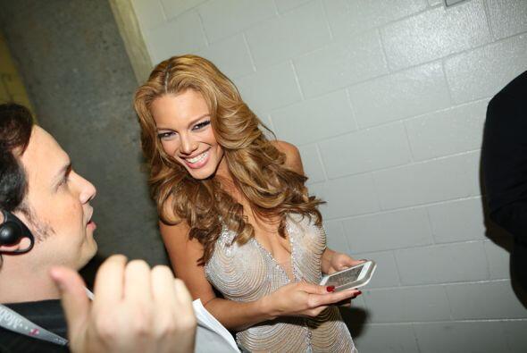 La sonrisa de una reina. La bella Zuleyka Rivera.