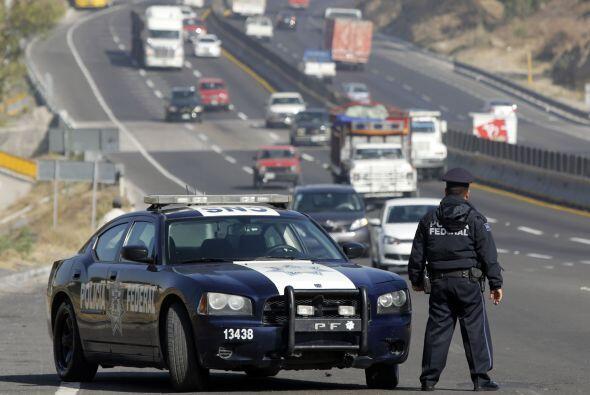 El 89.7% de los mexicanos opina que los policías forman parte del princi...