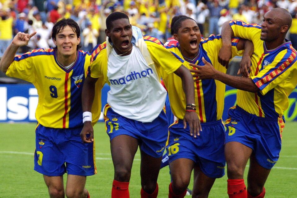 'Loco' Abreu vestirá en Uruguay su camisa 25 GettyImages-51600647.jpg