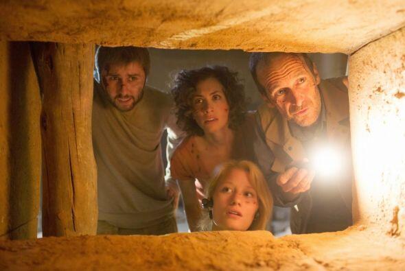 Un grupo de arqueólogos descubren una nueva pirámide en Egipto y lo que...
