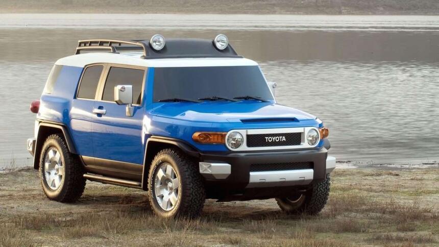 Estos son los autos más confiables de Estados Unidos Toyota-FJ_Cruiser-2...