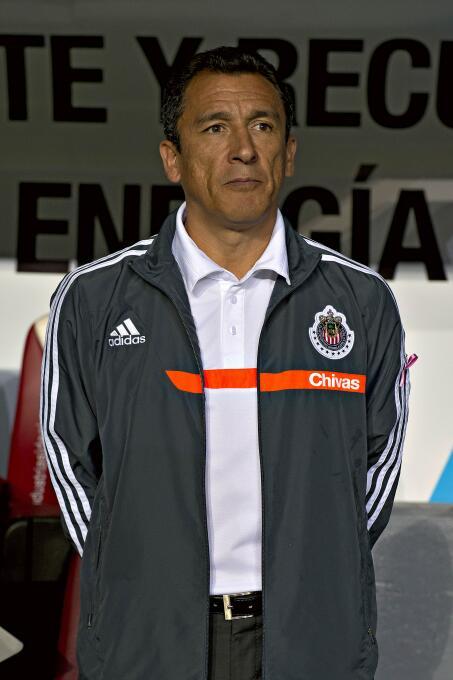 Juan Carlos Ortega: Dirigió 14 partidos en el Apertura 2013 y sólo pudo...