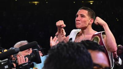 Óscar Valdez resultó con fractura de mandíbula tras adjudicarse el título pluma