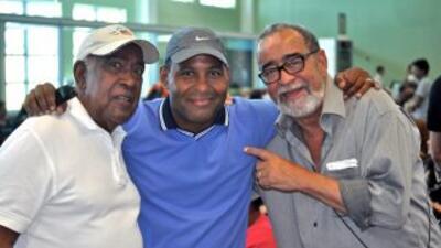 De izquierda a derecha: Cheo Feliciano, Tony Dandrades y Andy Montanez.