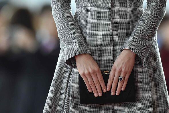 Los bolsos estilo cartera son la opción perfecta para complementar un 'l...