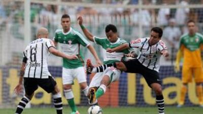 El marcador entre Palmeirs y Corinthians terminó empatado a un gol.