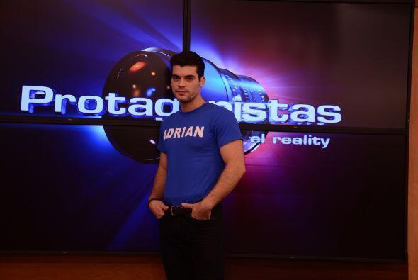 Adrián es el galán de Protagonistas, todas están de acuerdo que tiene po...