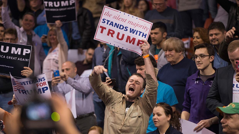 Simpatizantes de DOnald Trump en Chicago