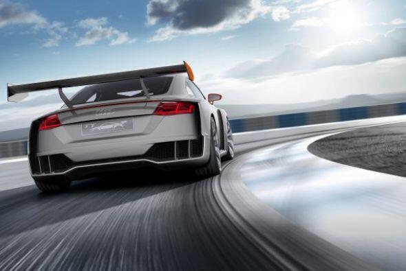 Audi TT clubsport turbo Concept: Mecánicamente cuenta con un motor sobre...
