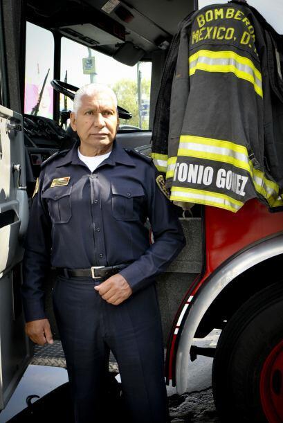 El  Jefe Vulcano lleva más de 40 años trabajando como bombero.