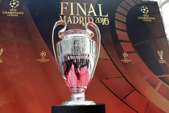 El tofeo de la Champions League llegó a Madrid para la final de l...