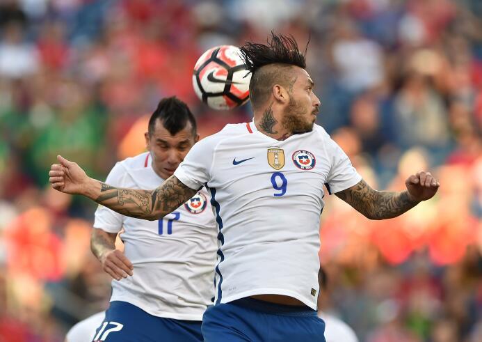 El ranking de los jugadores de Chile vs Bolivia 26-GettyImages-539300608...