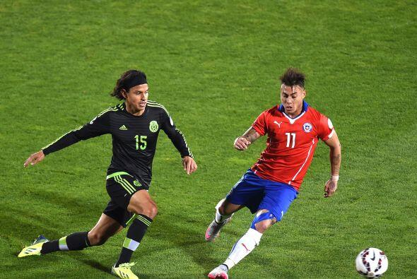 15.- Gerardo Flores- El defensa el jugador tuvo un partido desastroso, p...
