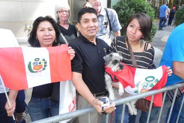 imágenes en el desfile de la Hispanidad e069f8174ef448bca53df909d27a322a...