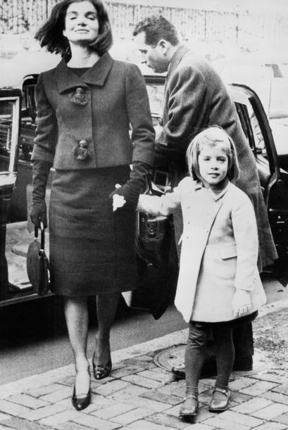 Su gusto por el buen vestir también se lo inculcó a su hija Caroline.