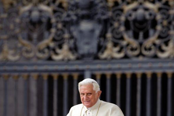 Dentro de las mismas acciones, el Papa Benedicto XVI decidió nomb...