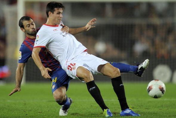 Mientras que Mascherano jugó de zaguero central en defensa.