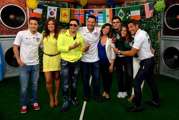 Con este gran equipo le damos la bienvenida al Mundial de Brasil 2014.