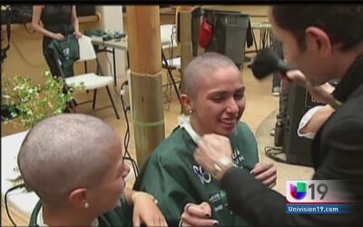 Donación de cabello a niños con cáncer