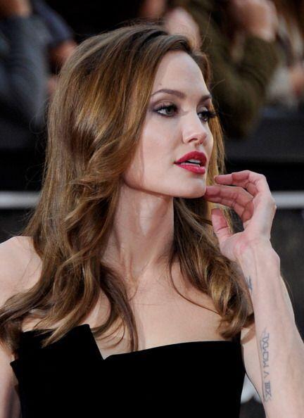 La ganadora del Oscar tiene la sana costumbre de exfoliar sus labios par...