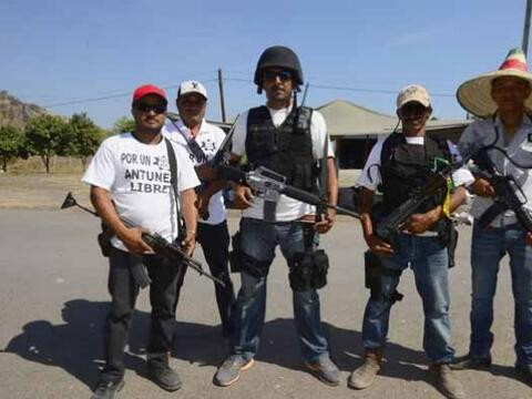 La violencia no da tregua en Michoacán en donde comunidades enter...