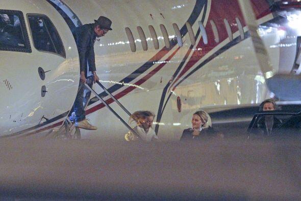 Se dice que toda la familia Jolie-Pitt iba regresando de Londres.