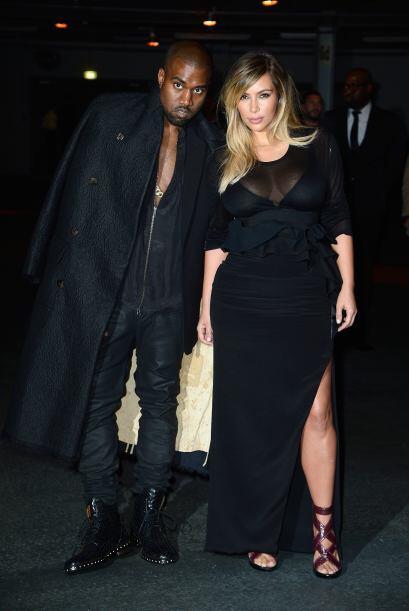 La socialité acudió acompañada de su pareja, el rapero Kanye West.