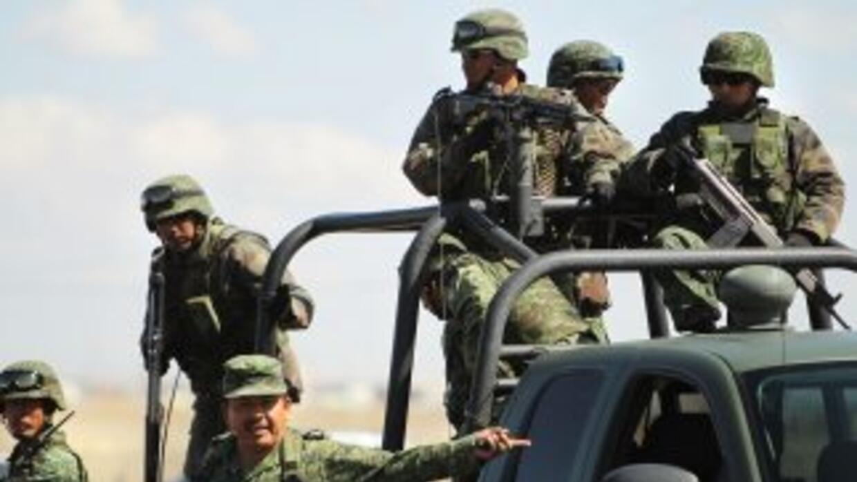 Los militares revelaban todos los movimientos mediante mensajes de texto...