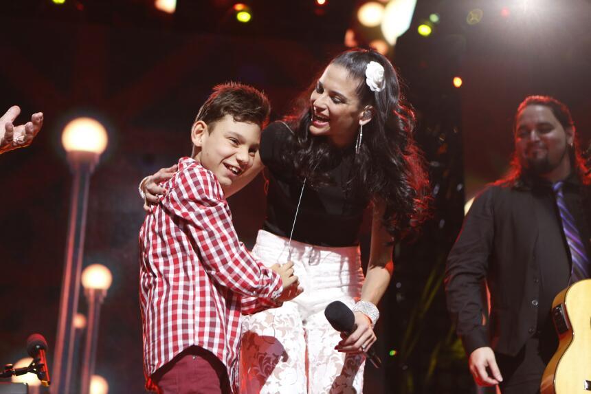 ¡Que Bonito! Adrian y Natalia unieron sus voces en perfecto armonía