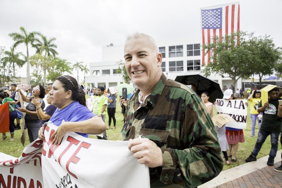 Homestead, Florida.- Francisco es un contador cubano criado en Puerto Ri...
